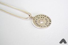 meaningful-pendant2