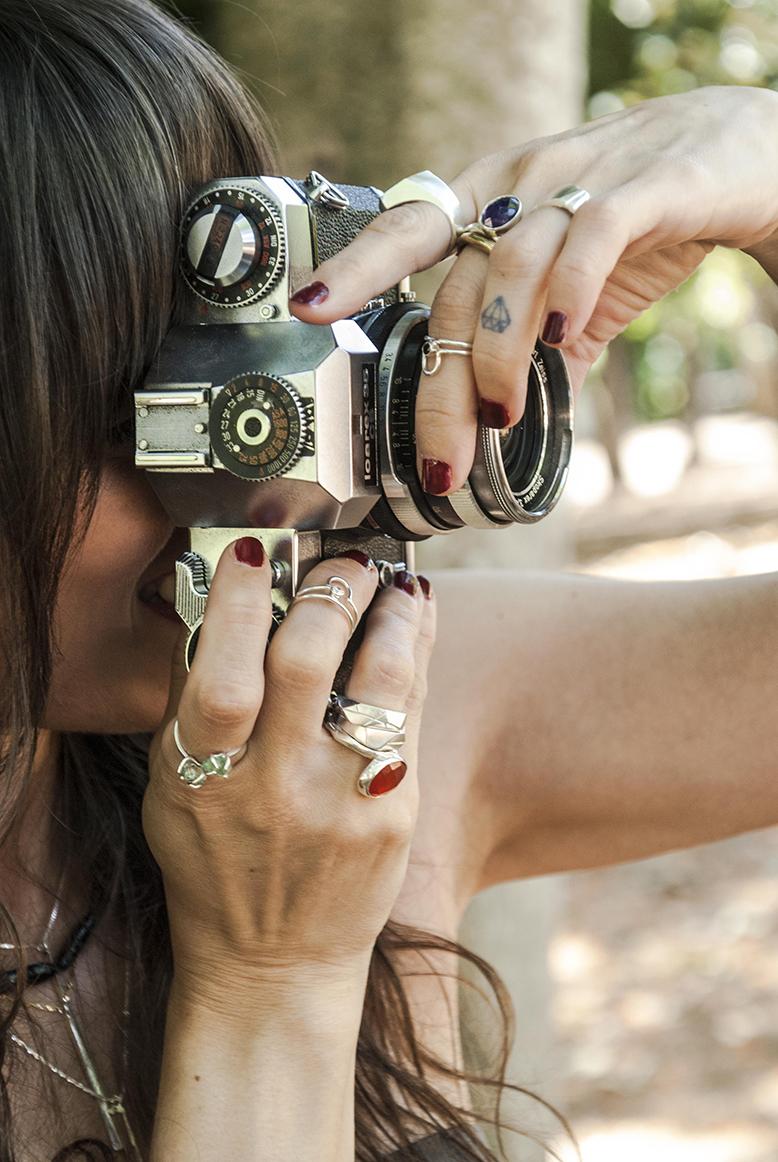 elha-fotografiando-anillos